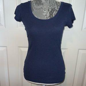 Carole Little blue scoop neck tee Size S